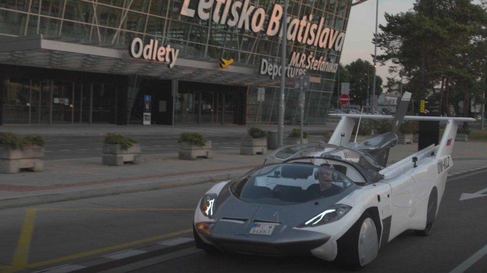 AirCar outside airport