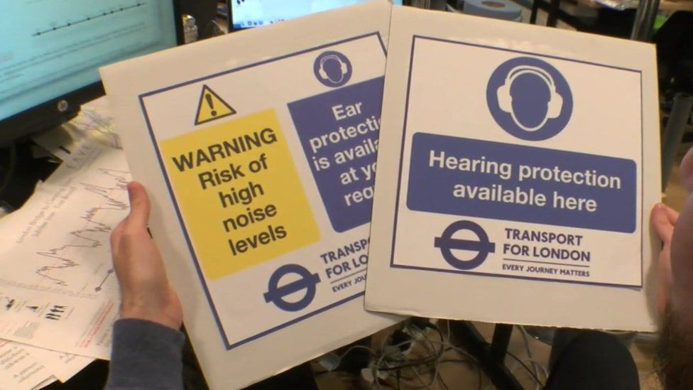 Noise level warning