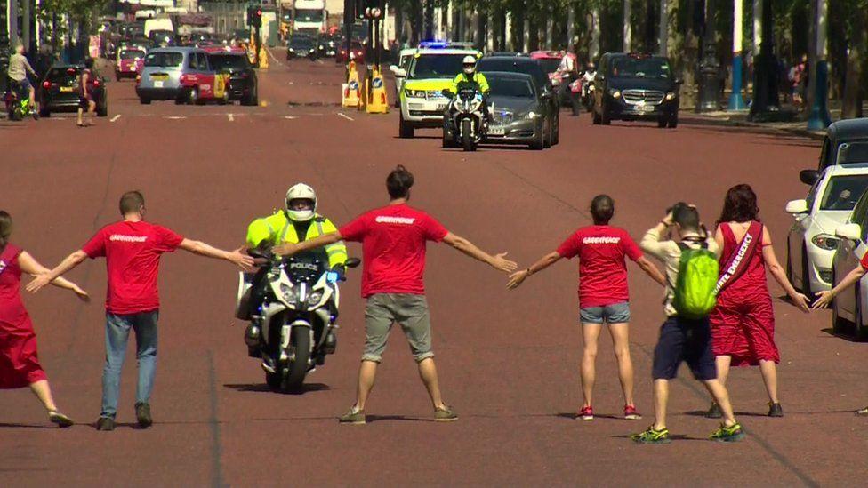 Protesters block Boris Johnson's car