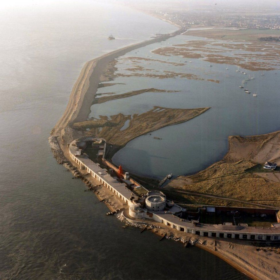Hurst Spit pictured in 1996