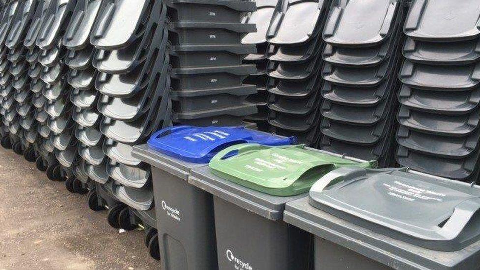 Binning broken recycling box 'dreadful and ironic'