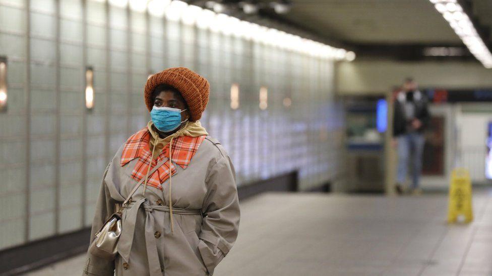 near empty NY subway