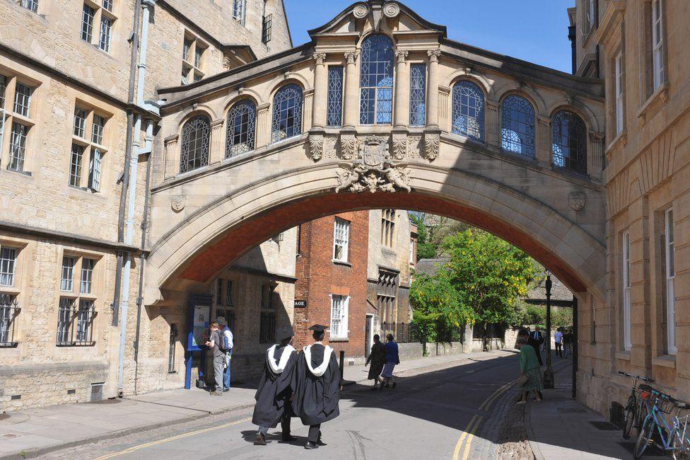 Graduates in Oxford