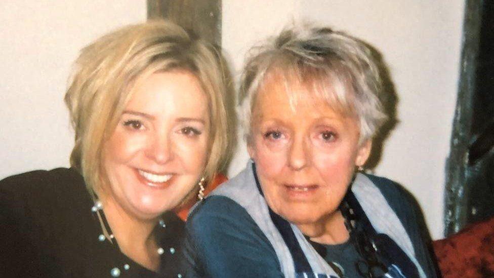 Jane Jay and daughter Sara