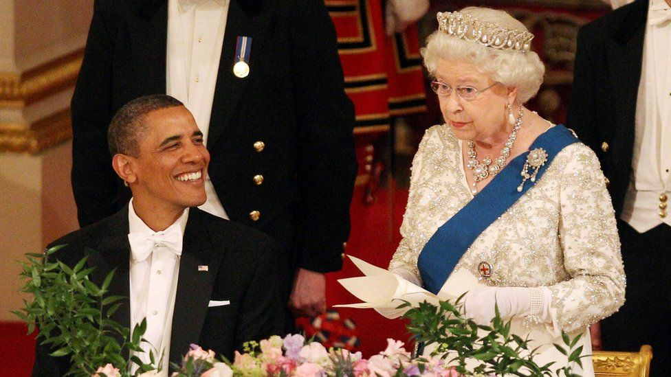 Queen Elizabeth II and US President Barack Obama during a State Banquet in Buckingham Palace on 24 May 2011