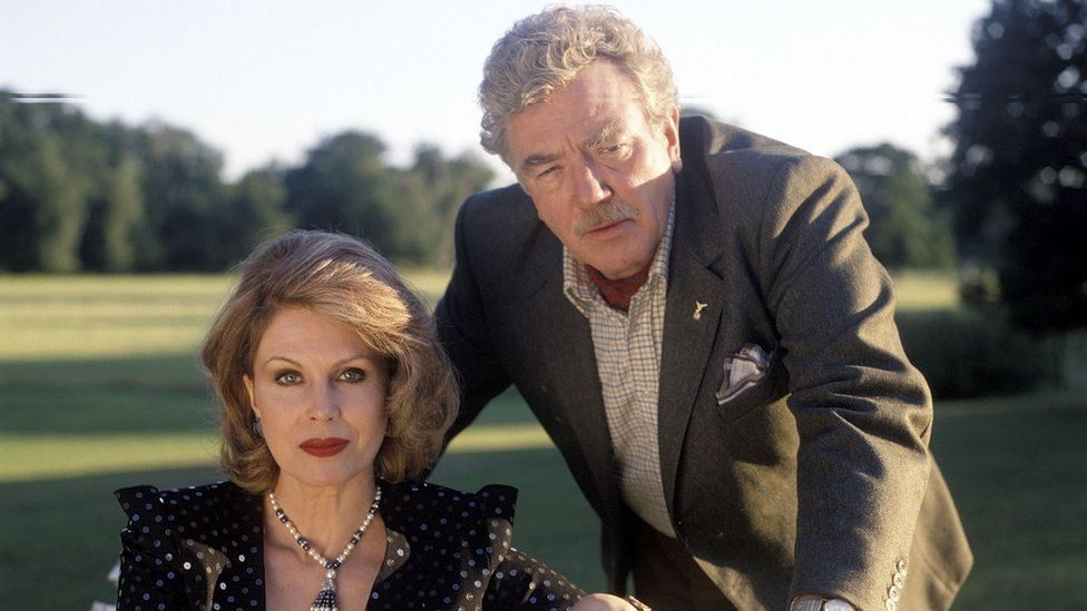 Finney with Joanna Lumley in A Rather English Marriage