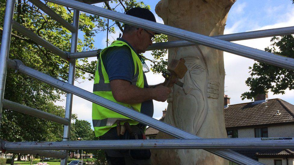 Belmont Tree Sculpture