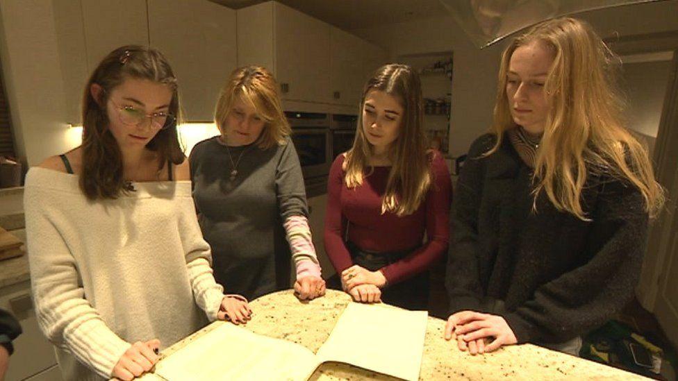 (L-R) Ellie Welling, Carole Gould, Tilda, and Harriet