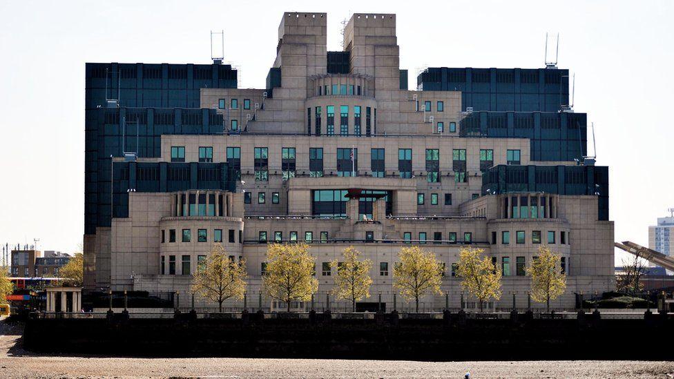 MI6 riverview