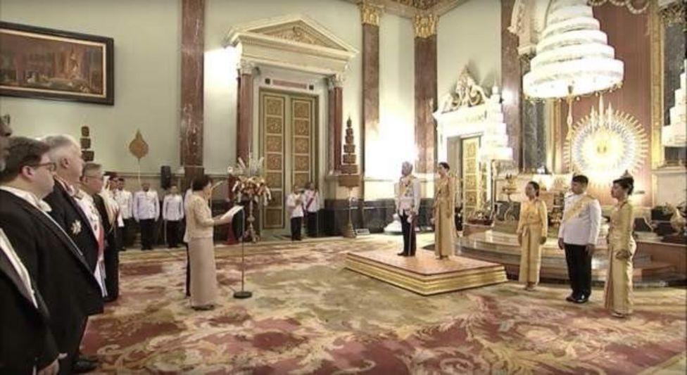 คณะฑูตานุทูตและกงสุลต่างประเทศ เข้าเฝ้าฯ ถวายพระพรชัยมงคล