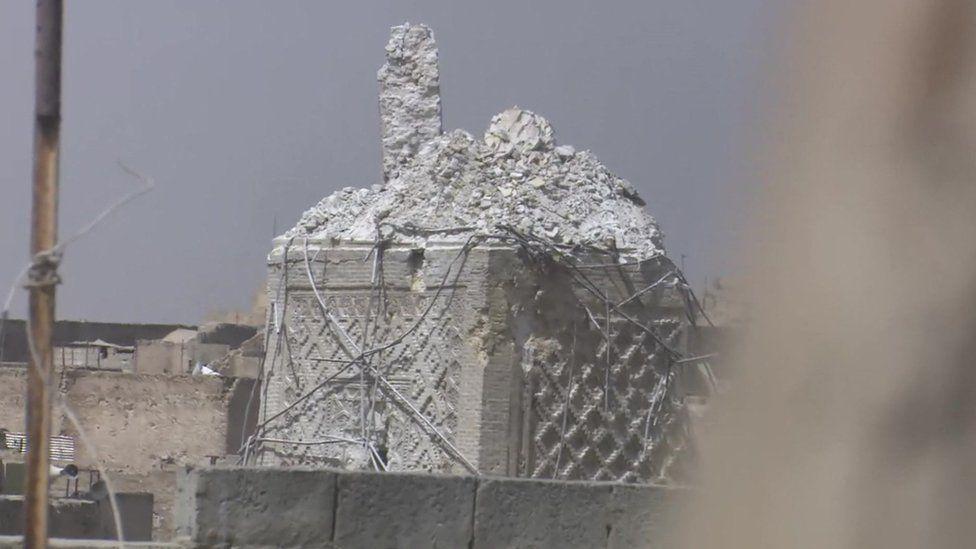 Destroyed minaret in the al-Nuri mosque in Mosul - 22 June 2017