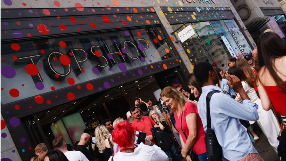 Sir Philip Green's Topshop reports £500m loss