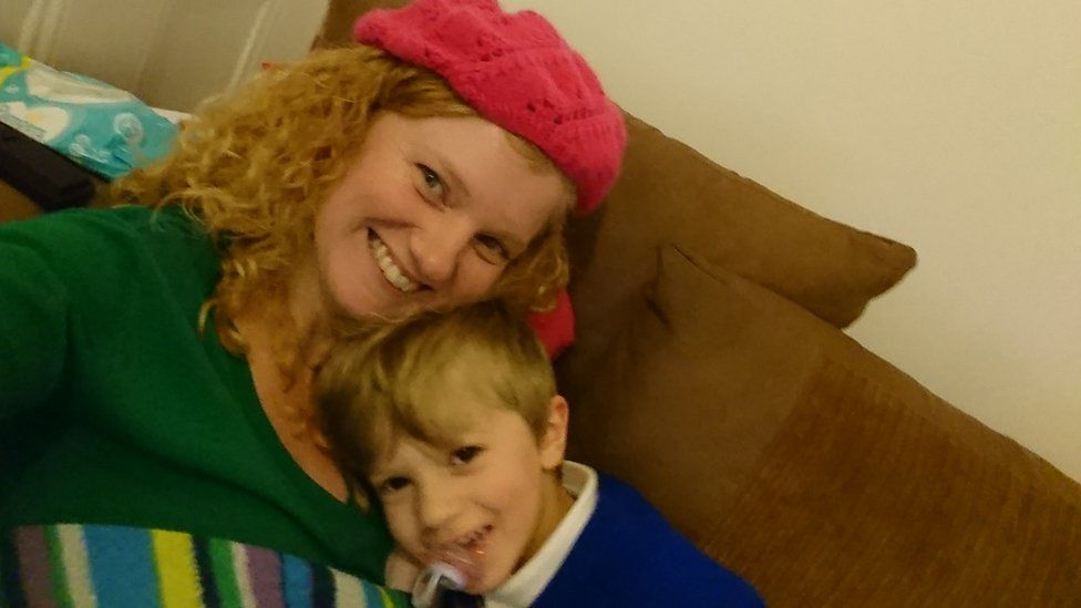 Sara Burns and son Elis