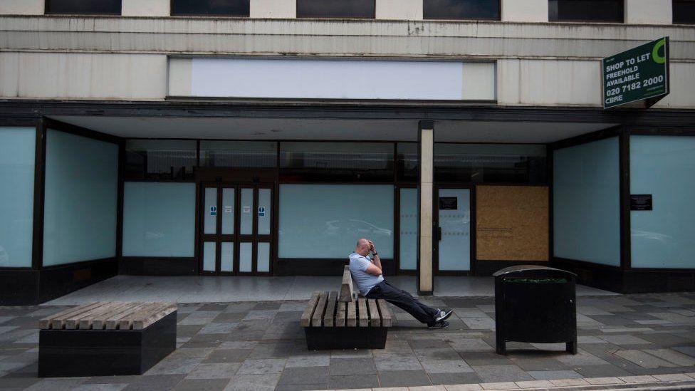 Pontypridd empty shops