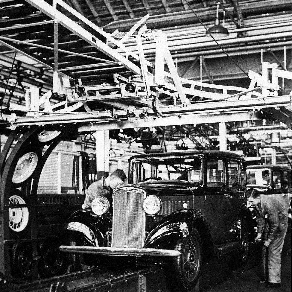 The Hillman Minx Production Line, Stoke, Coventry, c1935