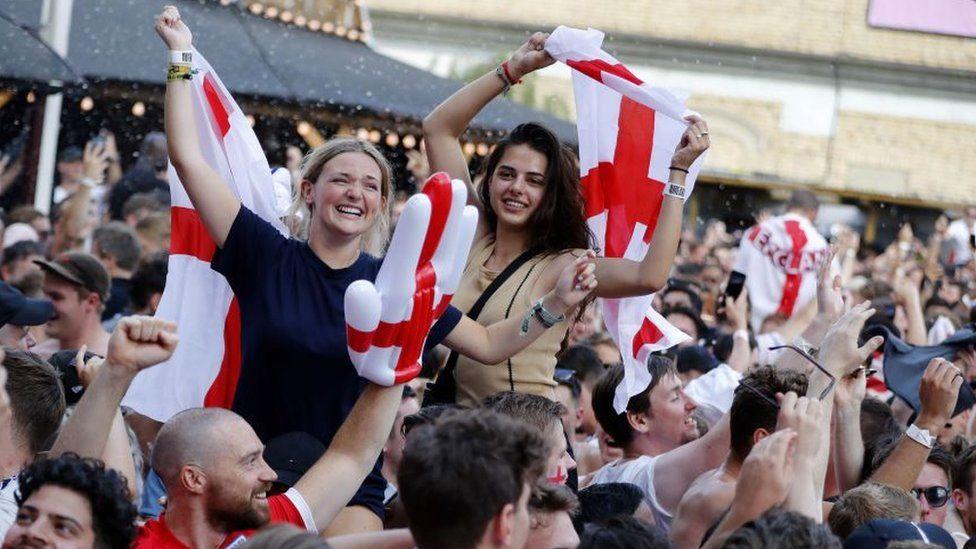 England football fans celebrating