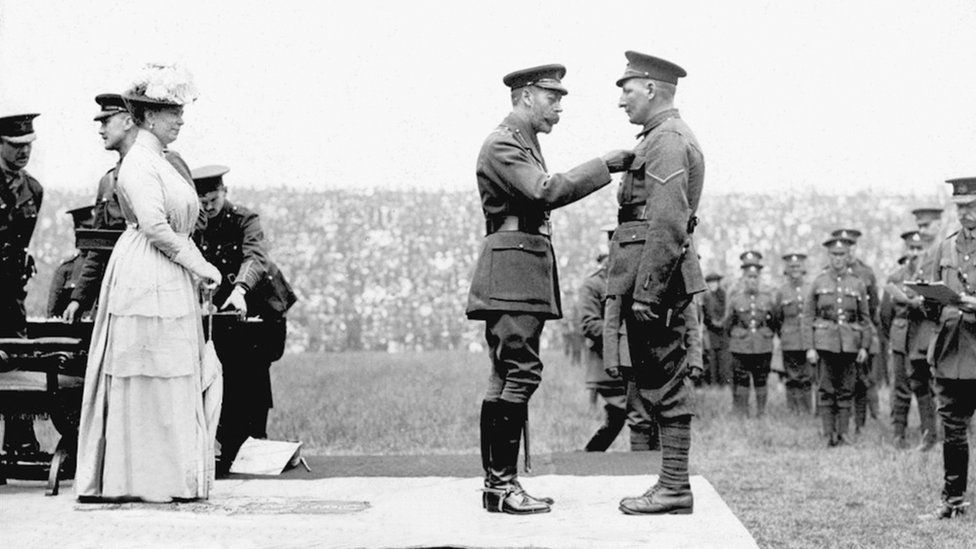 Spencer John Bent receives his VC from King George V