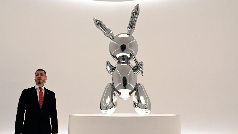 Jeff Koons' Rabbit sculpture breaks record for living artist
