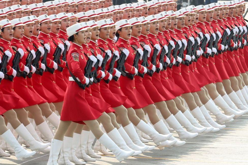 Китайські військові жінки на параді в честь 70-ччя КНР