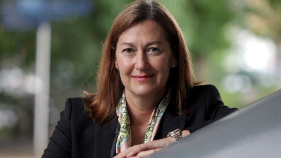 Prof Louise Robinson