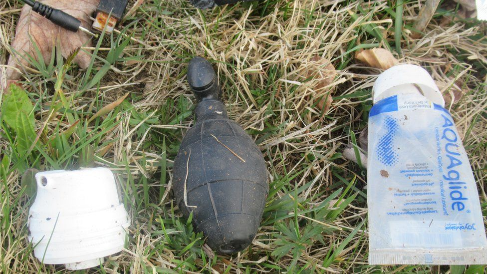 Grenade-shaped sex toy sparks police alert in Germany thumbnail