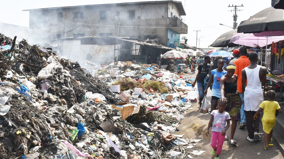 _105702288_slum--area-of-monrovia976.jpg