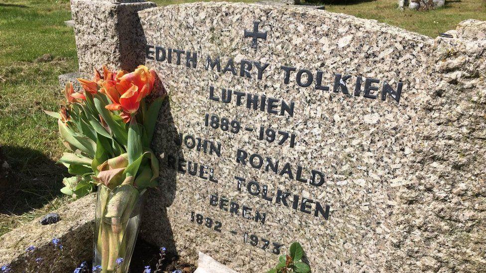 Tolkien's gravestone