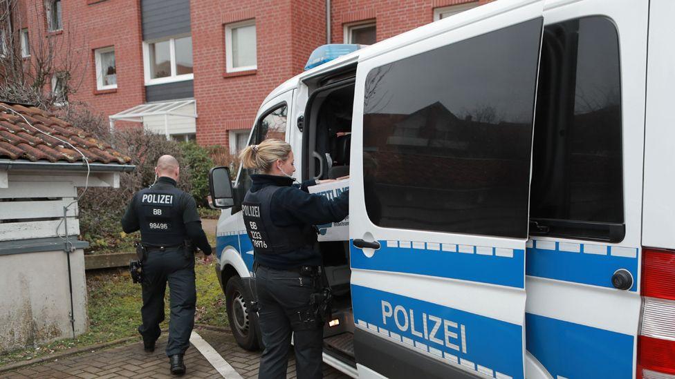 German police raid on neo-Nazis, file pic (23 Jan 20)
