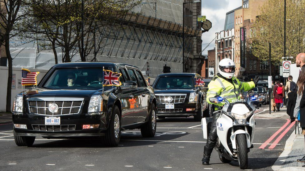 Barack Obama arrives in his motorcade to visit Shakespeare's Globe Theatre on London's Southbank on 23 April 2016