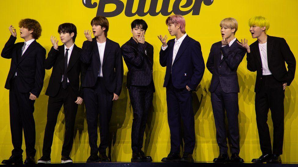 Boyband BTS pada peluncuran single baru mereka Butter