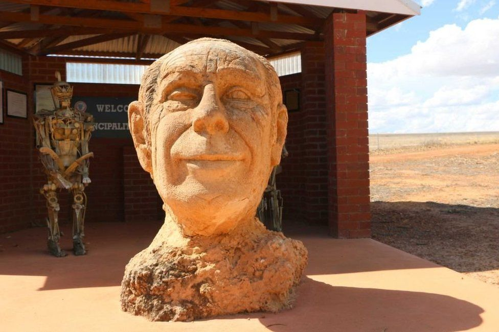 Bust of Prince Leonard