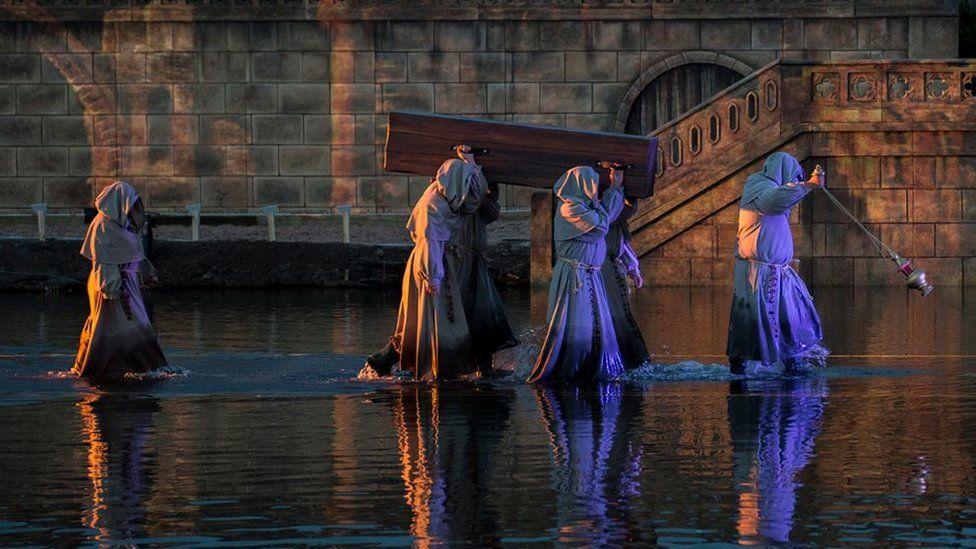 Monks at Kynren