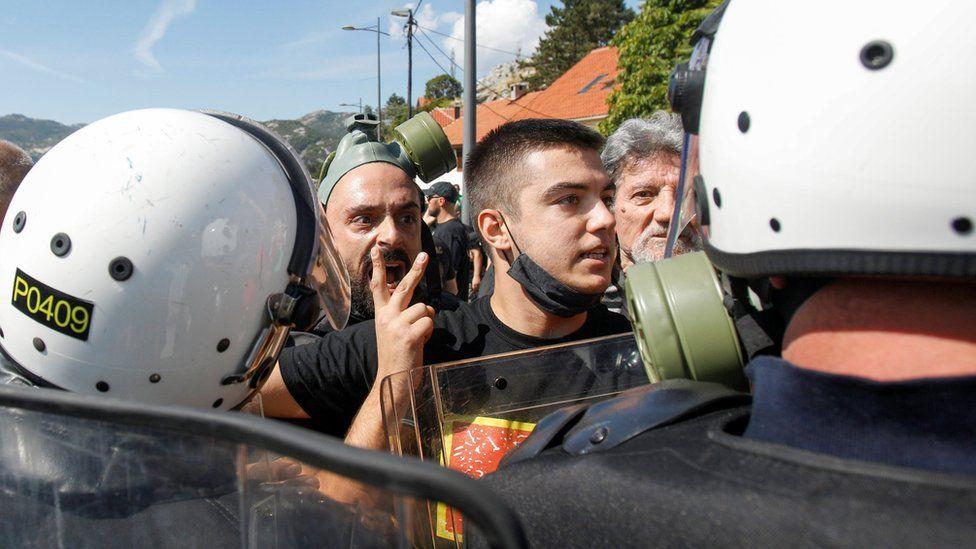 Montenegro clashes ahead of Orthodox Church leader's inauguration thumbnail