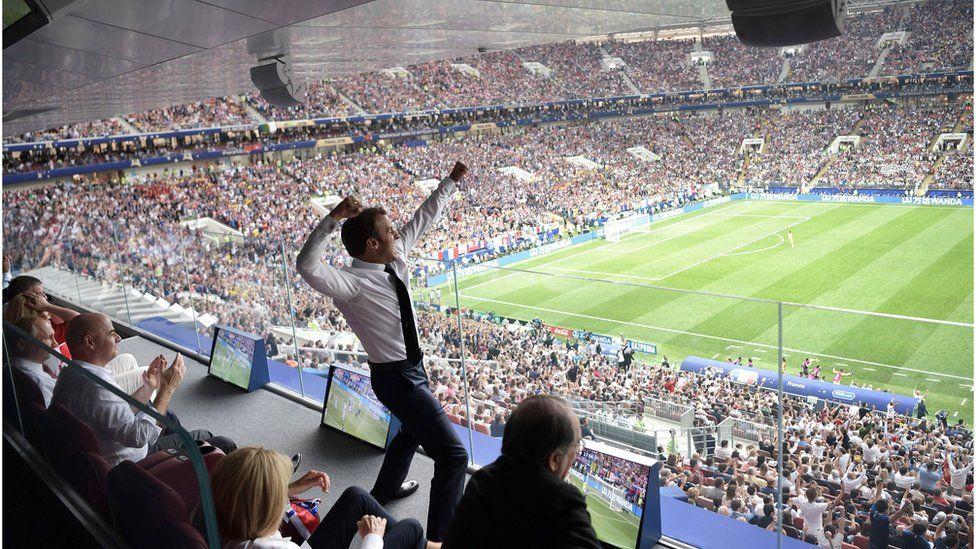 President Macron celebrates in Moscow