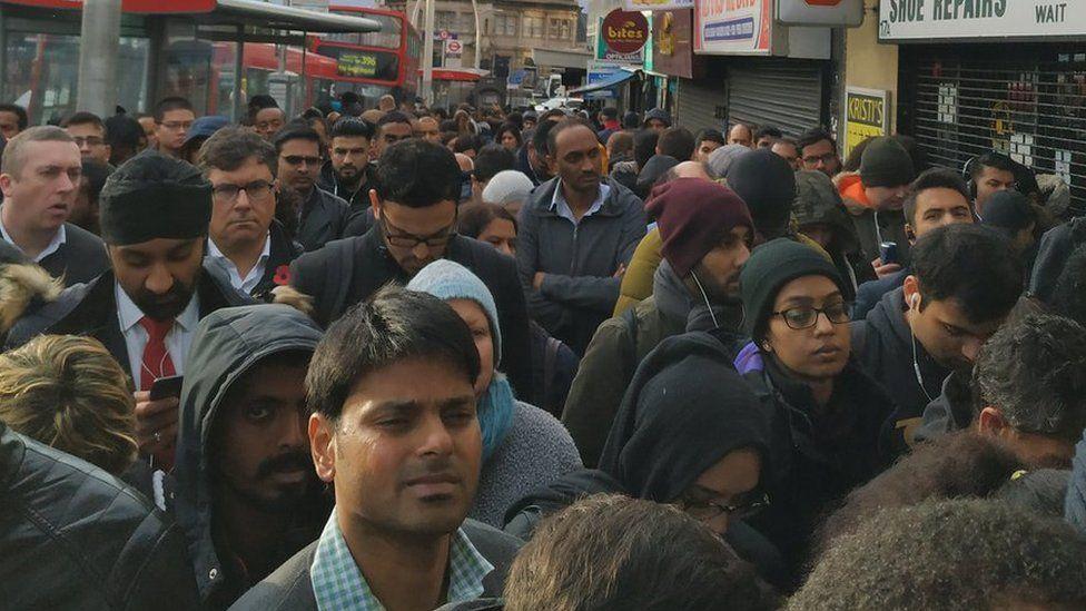 Ilford station queues