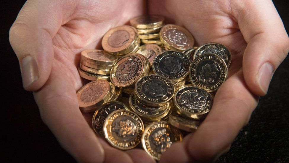 New 12-sided £1 coins