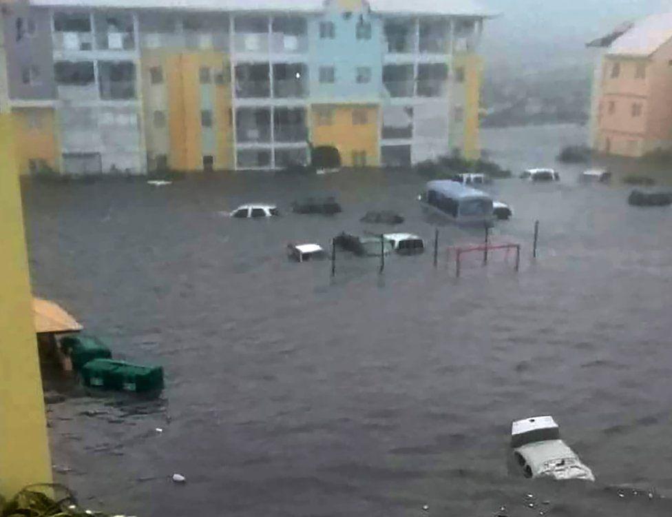 Sular altındaki bu caddeler St Martin Adası'nın kuzeyinde.