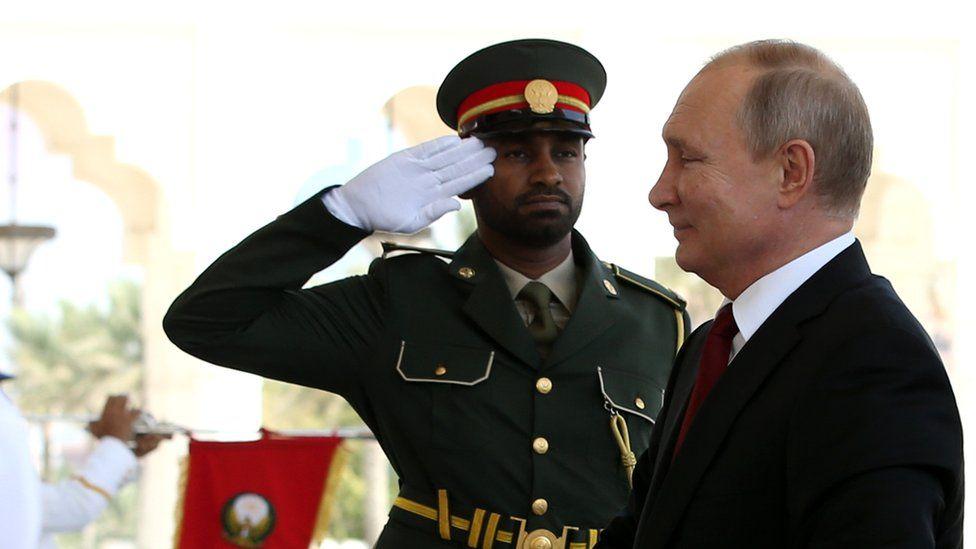 Russian President Vladimir Putin arrives at the Gasr Al Watan Palace on October 15, 2019 in Abu Dhabi, United Arab Emirates