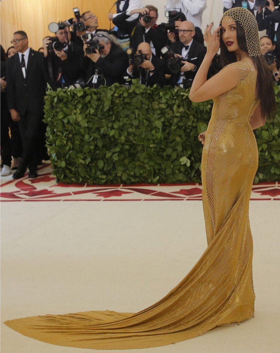 Actress Olivia Munn dons a chainmail dress