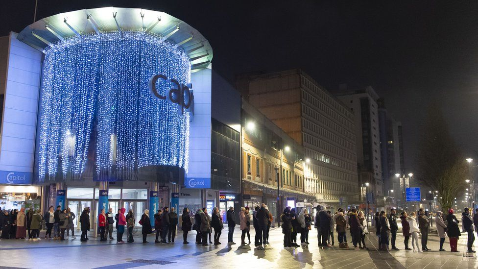 Queues on Queen Street, Cardiff