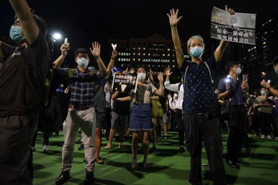 Protesta el 4 de junio de 2020 en Hong Kong por el aniversario de las manifestaciones de Tiananmen en 1989.