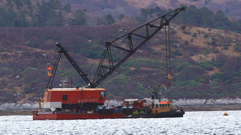 Lifting barge in Loch Fyne where the Nancy Glen sank in January