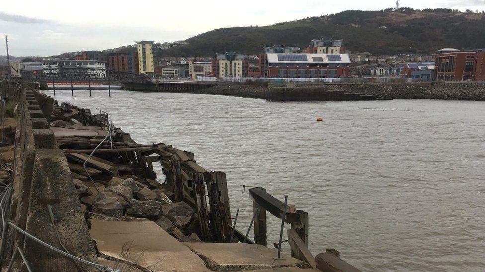 Swansea West Pier
