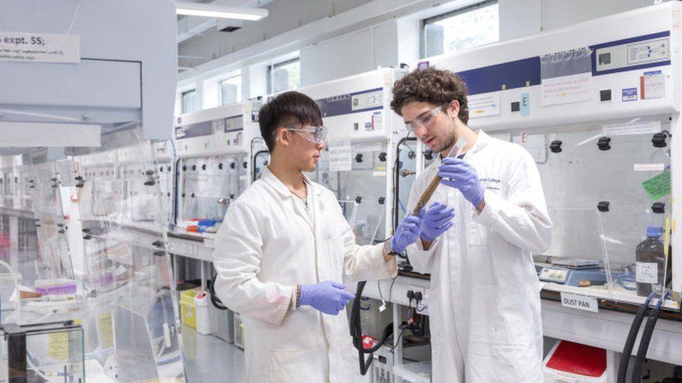 Students Jedidiah Cheung and Dario Mongiardi