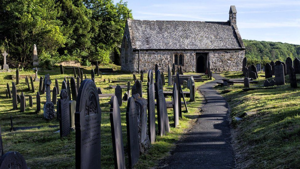 Photo of the cemetery on Church Island