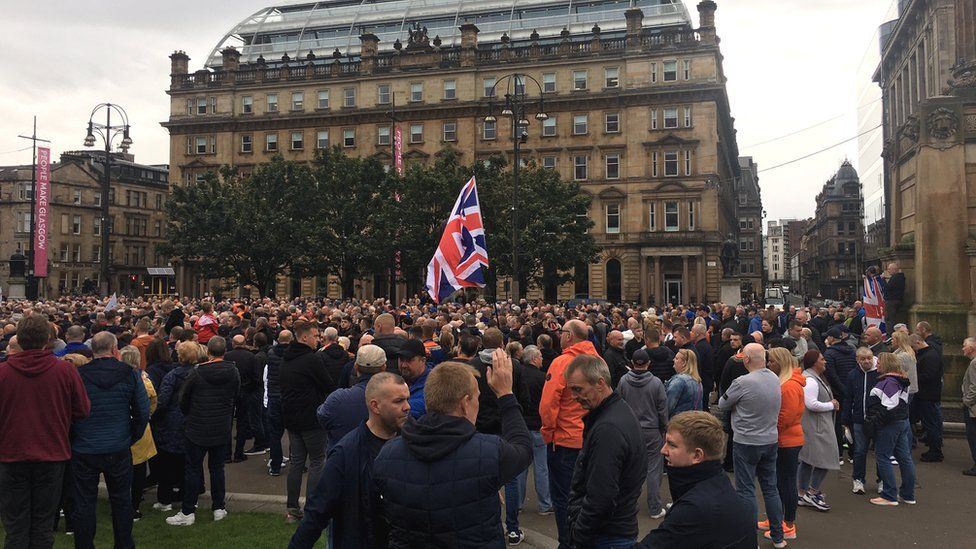 Loyalist protest over Glasgow marches ban