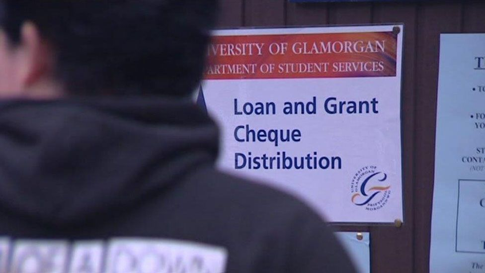 Students picking up grants