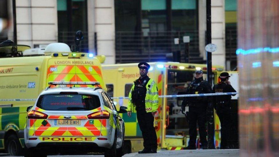 Emergency vehicles in London Bridge