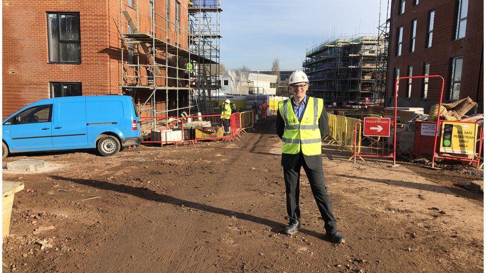 Councillor Smith on building site