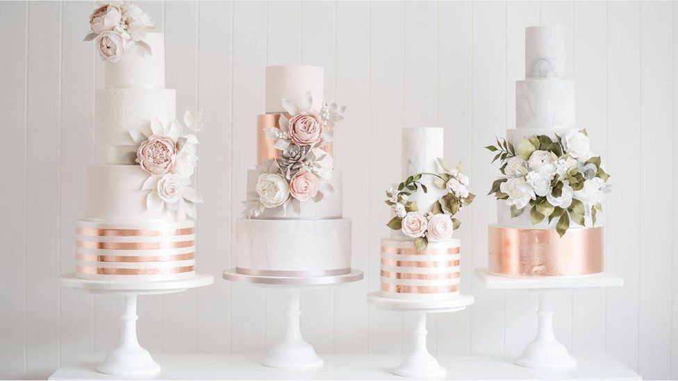 Rose gold-themed wedding cakes